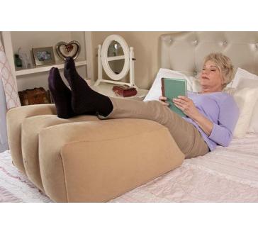 Nafukovací vankúš na podporu nôh Ramp Pillow